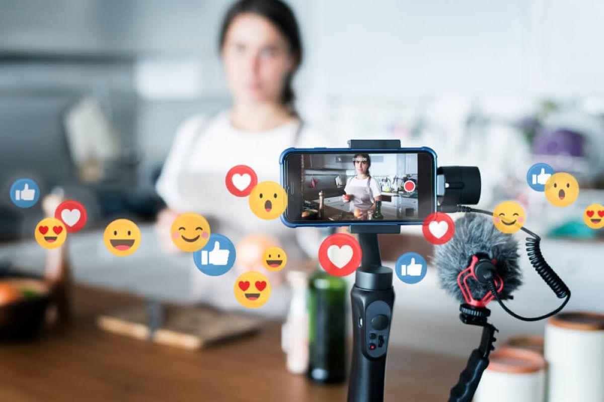 Da junção das palavras em inglês 'genuine' e 'influencers', eles trazem uma outra perspectiva de categoria de criadores de conteúdos.